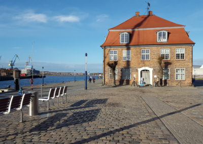 Baumhaus/Hafen